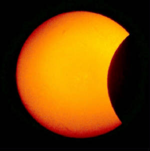 Solar Eclipse 4/8/2005